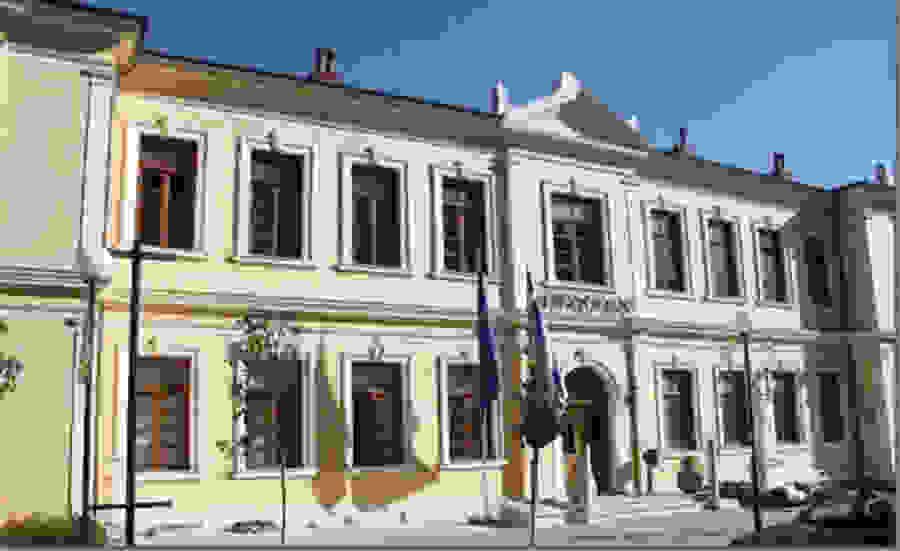 Παραδόθηκαν οι πρώτες ποσότητες ρούχων στην τράπεζα ενδυμάτων του Δήμου Βέροιας, με σκοπό να διατεθούν σε συμπολίτες μας που τα έχουν ανάγκη.