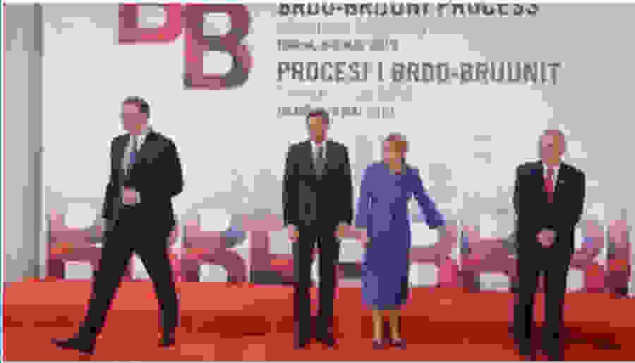 Τα Βαλκάνια παίρνουν «φωτιά»: Η απάντηση του Σέρβου προέδρου σε Θάτσι και Ράμα!
