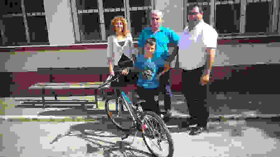 Μία από τις ομορφότερες αναμνήσεις των παιδικών μας χρόνων ήταν οι βόλτες με το ποδήλατο και ειδικά αυτές που κάναμε με τους φίλους μας.