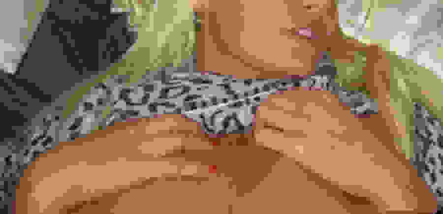 Σκάνδαλο στα Τρίκαλα! Ξανθιά επιχειρηματίας επιδίδεται σε όργια με ντελιβεράδες