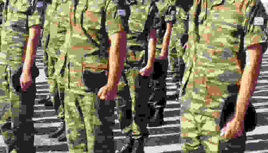 Έρχονται αλλαγές στη στρατιωτική θητεία - Ποια μέτρα εξετάζει το υπουργείο Άμυνας