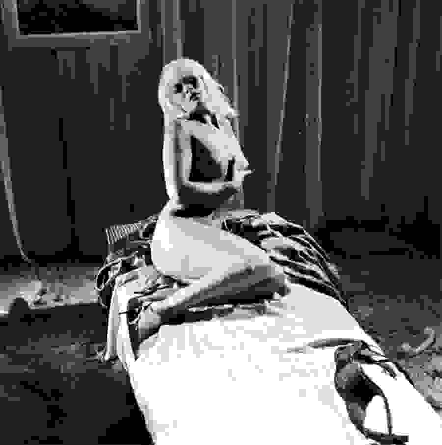 Ζέτα Αποστόλου. Η «ιέρεια» των αισθησιακών σκηνών στον κινηματογράφο - Το στριπτίζ που έγραψε ιστορία