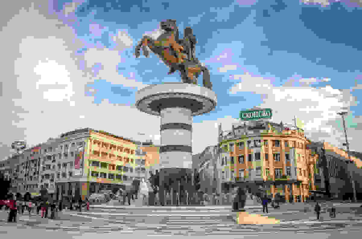 """Ξανάρχισαν οι Σκοπιανοί: απαιτούν να τους αποκαλούμε """"Μακεδονία"""""""