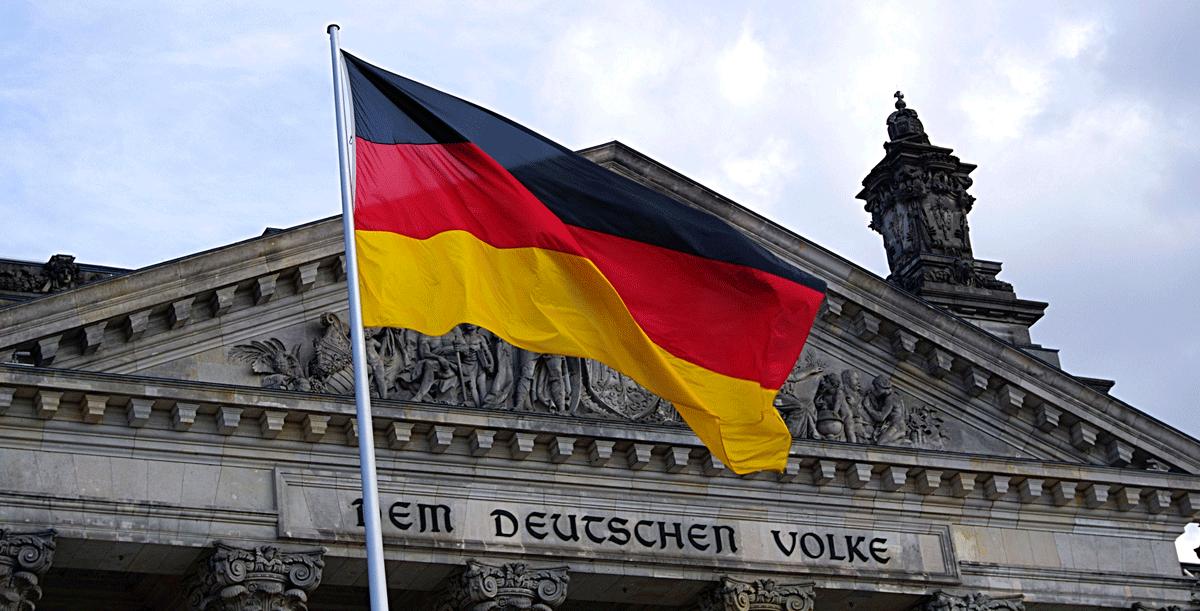 DW: Φόβοι για χρεοκοπία γερμανικών τραπεζών από τον κορονοϊό