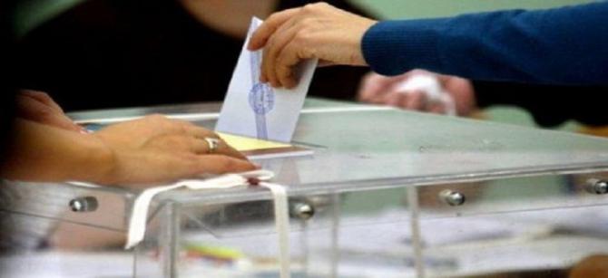 ΦΟΥΝΤΩΝΟΥΝ ΤΑ ΣΕΝΑΡΙΑ ΓΙΑ ΔΙΠΛΕΣ ΚΑΛΠΕΣ – Οι ημερομηνίες για τις εκλογές