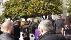 «ΠΡΟΔΟΤΕΣ!» Άγριο Κράξιμο Χρυσής Αυγής Σε Κοτζιά Για Την Μακεδονία (Βίντεο)