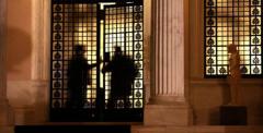 Οι Κρυφές Δημοσκοπήσεις Του Μαξίμου Για Το Σκοπιανό