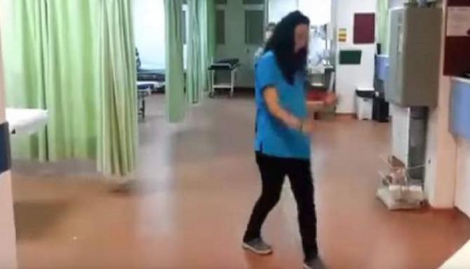 Το Τρικούβερτο Γλέντι Μέσα Στα Επείγοντα Του Νοσοκομείου Μυτιλήνης