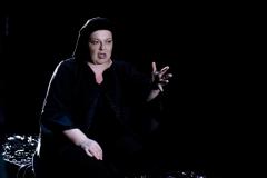 Εβδομάδα Θεάτρου/ αφορμή η Παγκόσμια Ημέρα Θεάτρου   Παρασκευή    30  Μαρτίου  «Η Κυρά της Ρω» του  Γιάννη Σκαραγκά  στον ομώνυμο ρόλο η Φωτεινή Μπαξεβάνη