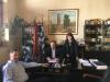 Σύμβαση για τη διάνοιξη οδών στο Μακροχώρι υπέγραψε ο Δήμαρχος Βέροιας