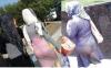 Δείτε τι φοράνε οι μουσουλμάνες κάτω από την μαντίλα και την ρόμπα τους!