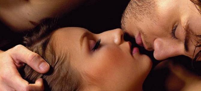 Πόσο επικίνδυνο μπορεί να γίνει το γαλλικό φιλί