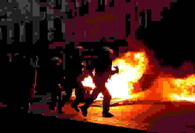 Γαλλία: Σκηνές χάους στην «8η πράξη» των «Κίτρινων Γιλέκων»